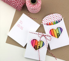 Valentine crayon box favor